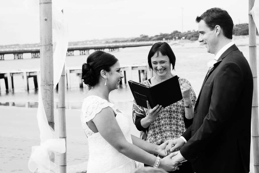 02 seaside wedding ceremony